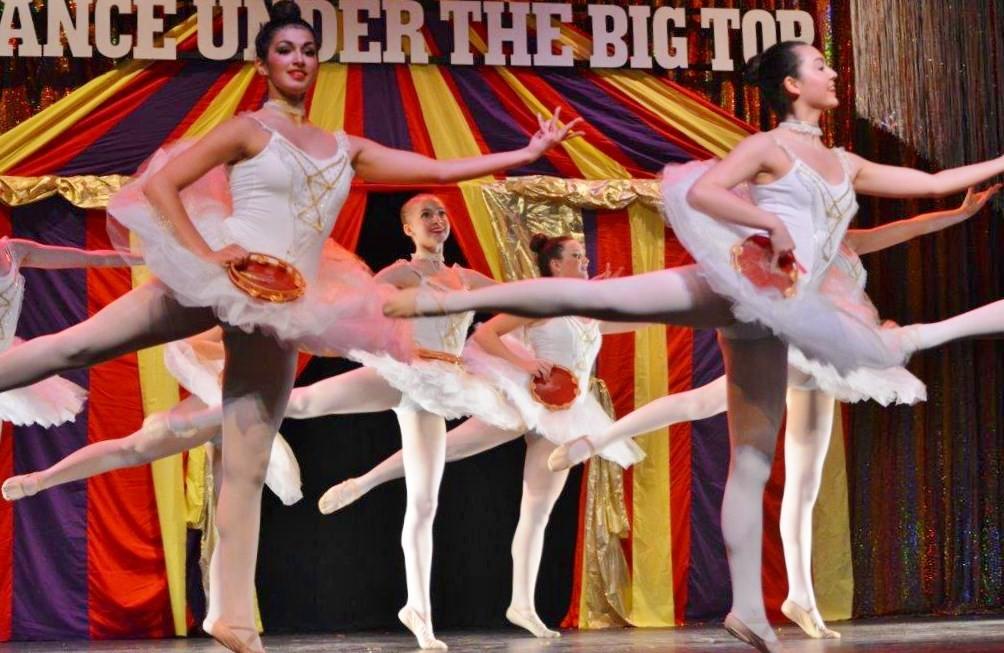 Tambourines ballet